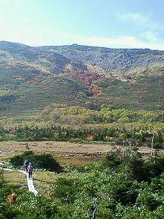 紅葉の山…